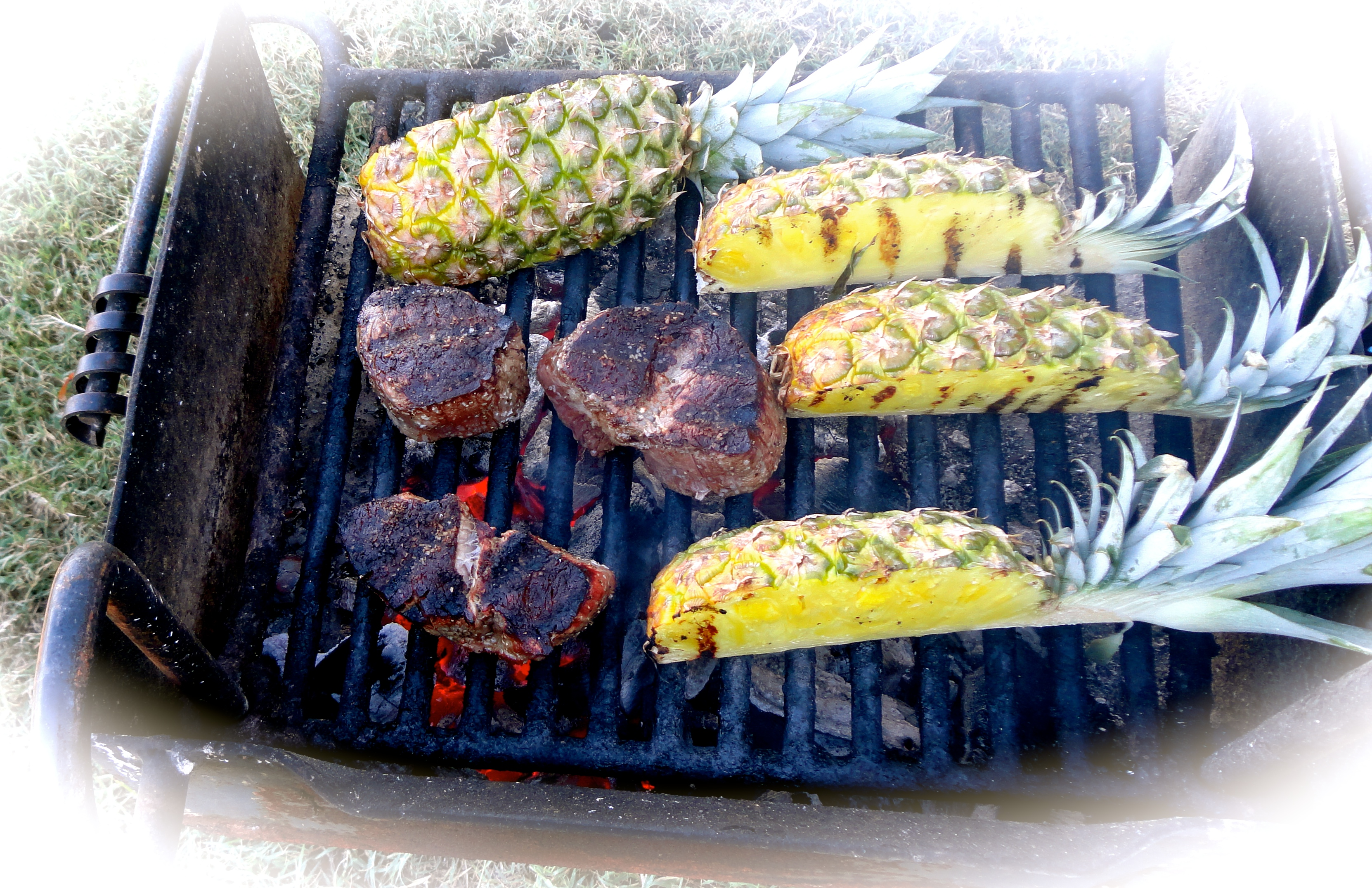 grilled filet mignon and pineapple