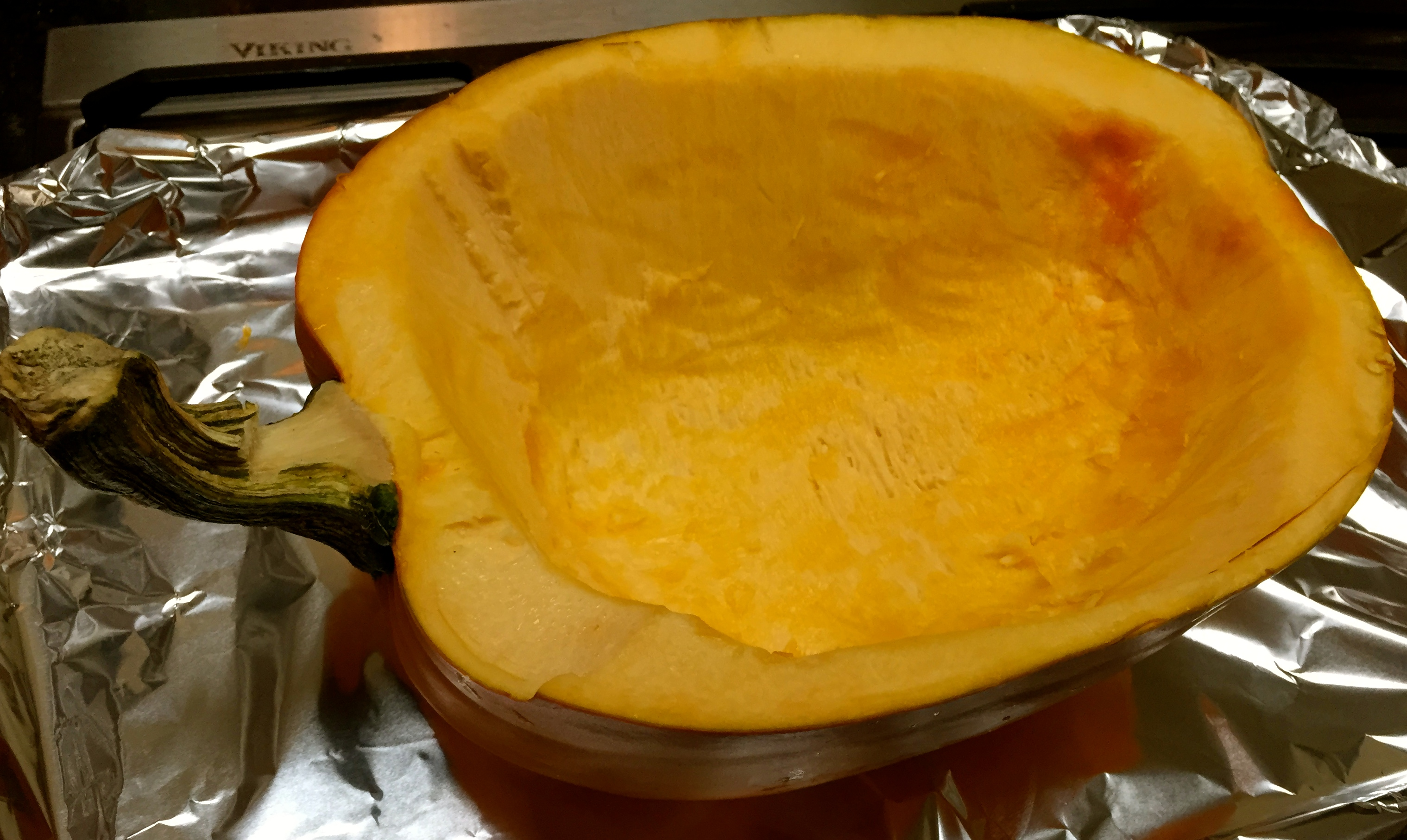 pumpkin-soup-pumpkin-shell